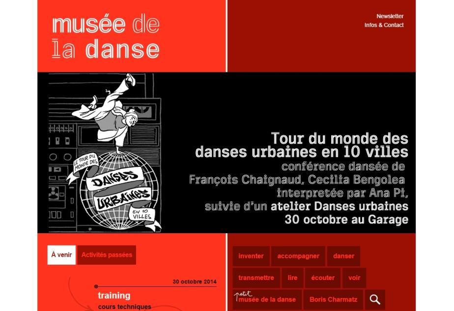 """conférence dansée de François Chaignaud, Cecilia Bengolea et Ana Pi, suivie d'un atelier Danses urbaines -- Cette conférence propose une forme """"live"""" à la fois spectaculaire et pédagogique autour des danses actuelles à travers le monde. Sans prétendre être exhaustive, elle donnera un tour d'horizon d'une sélection de danses urbaines : le Krump à Los Angeles, le Dancehall à Kingston, le Pantsula à Johannesburg ou encore le Voguing à New York... Pour chacune de ces danses, il s'agira alors d'évoquer le contexte géographique, social et culturel qui lui est lié et les caractéristiques propres à chaque mouvement. -- A l'issue de la conférence chacun pourra se tester aux danses urbaines guidé par Ana Pi."""